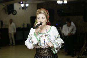 Versavia Vecliuc – Codrule cu rămurele