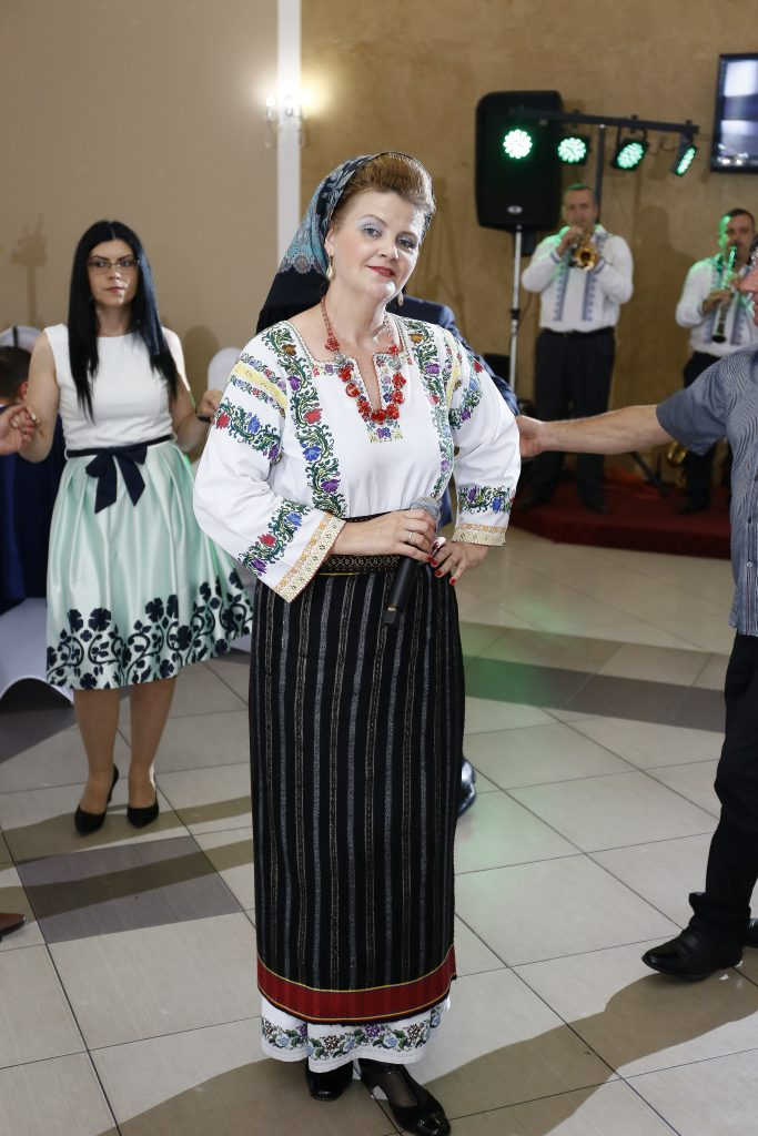 Formația Folclor Botoșani Muzica Pe Placul Tuturor